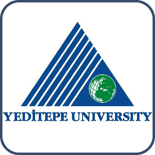 """Mavi üçgen yarısına kadar şeritler halinde kesilmiş. Kesilmeyen kısım içinde bir dünya çizimi. Altında mavi harflerle, """"Yeditepe Üniversitesi"""" yazıyor."""